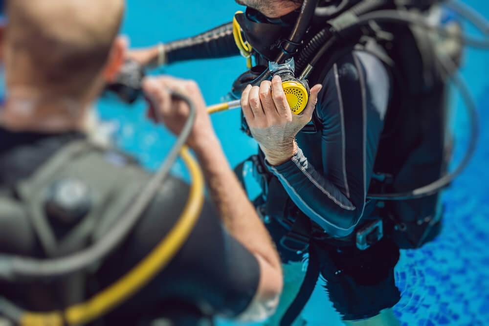 體驗潛水前先熟悉裝備操作